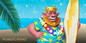 konge med hawaii skjorte og surfebrett