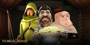 tre mannlige figurer fra slots og en hjelm med gull